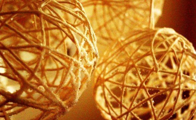 Yarn Snowballs