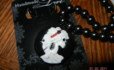 Gothic Lady Cameo Jewelry