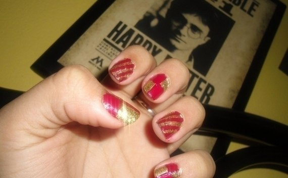 Gryffindor Nails!