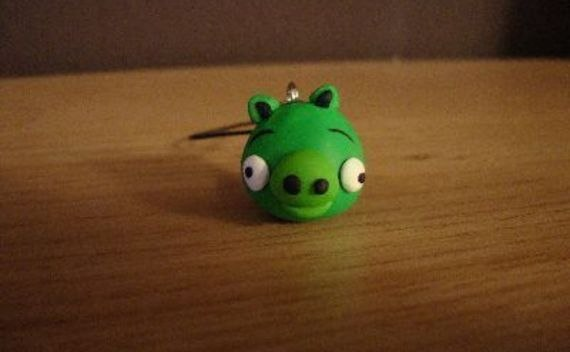 "Angry Birds ""Pig"" Made Of Fimo Clay"