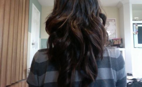 Long Curls Using Wand