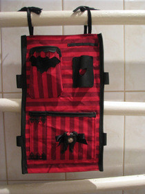 "Make Up Organizer ""Gothicize Your Bath"""