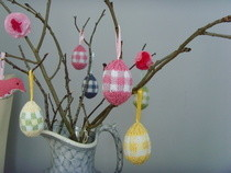 Knitted Gingham Easter Egg Decoration