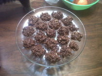 Frogs (Peanut Choco Crunchies)