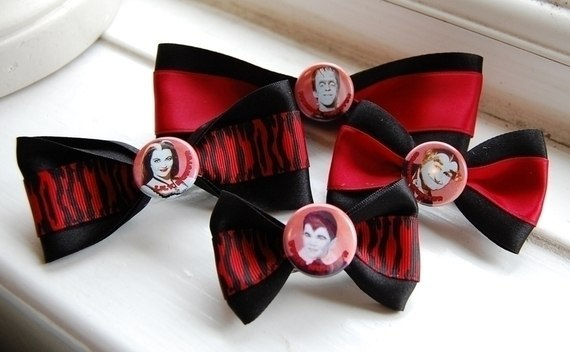 The Munsters Bows