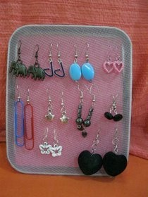 Earring Rack From Metal Lid