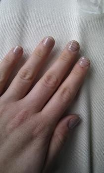 Newsprint Nails   No Glue!