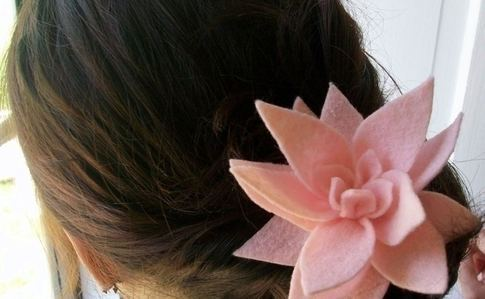 Felt Lotus Hairclip