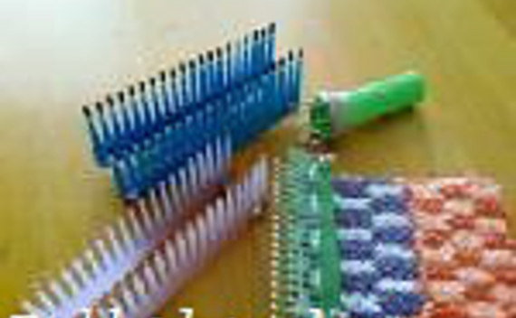 Mini Knitting Loom