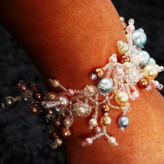 Pearly Dew Bracelet