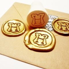 Hogwarts Seal Stamp