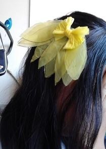 Plastic Leaf Hair Clip