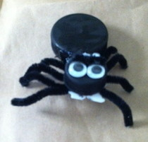 Kid Created/Kid Friendly Halloween Spider Craft!