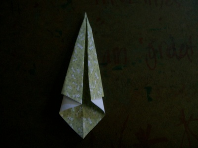 How to fold an origami animal. Origami Swan - Step 4