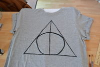 How to paint a t-shirt. Harry Potter & The Deathly Hallows T Shirt - Step 4