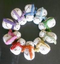 How to make a snowman plushie. Mini Crochet Snowman - Step 2