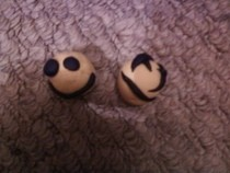 Grimace And Smile Beads