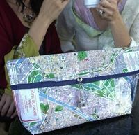 How to make a recycled bag. Paris Map Purse - Step 7