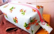 Oil Cloth Washbag