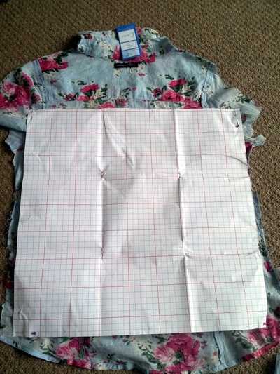 How to make a recycled cushion. Shirt Cushion Cover - Step 3