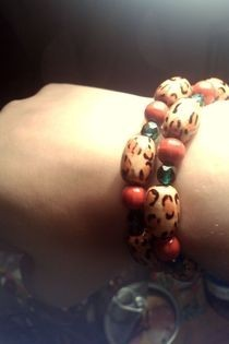 Leopard, Green And Red Bead Bracelet