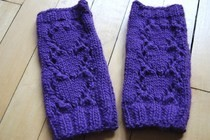Heart Handwarmers Knitting Pattern