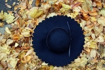 Scalloped Brim Hat