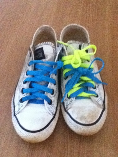 How to make sneakers. Mustache Converses!! - Step 1