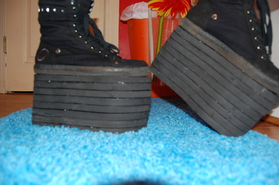 How to make a shoe. Crazy Platform Shoes! - Step 6
