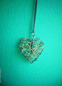 Wire Heart &lt;3