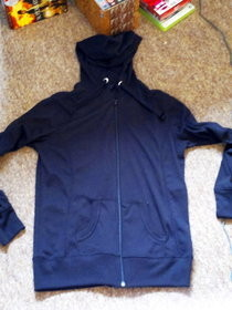 Turn A Non Zip Hoody Into A Zipped Hoody