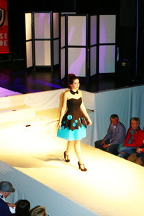 Fashion Competition Dress 4 (Kunstbende)