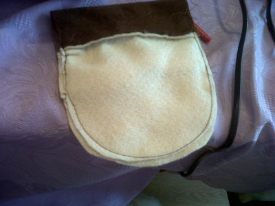 How to sew a fabric character pouch. Diy: Purin Pouch - Step 4