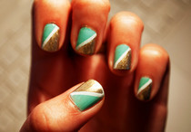 Half Triangle Nails