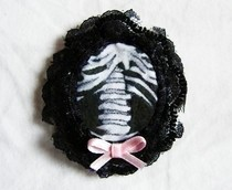 Ribcage Cameo Brooch