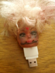 Gore Barbie Usb