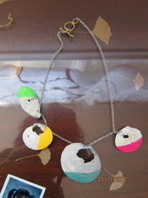 Neon Dipped Shell Necklace