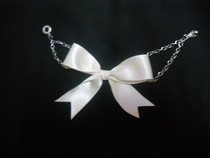 Easy Ettika Bow Bracelet