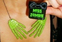 Skeleton Hands & Zombie Ring