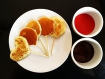 Pancake Lollipops