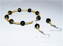 Basic Matching Wire Bracelet And Earrings