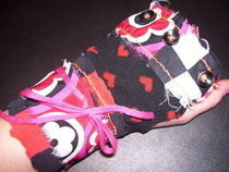 Scrappy Hearts Fingerless Glove