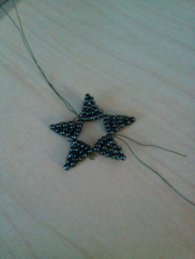 How to bead a beaded shape. Beaded Star - Step 4