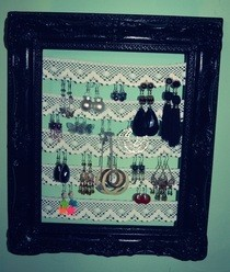 Earring Frame!