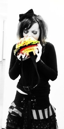 How To Make A Zombie Burger Bag!