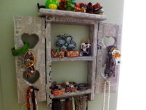 Newspaper Covered Jewelry Holder