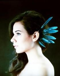 Standing Feather Ear Cuff