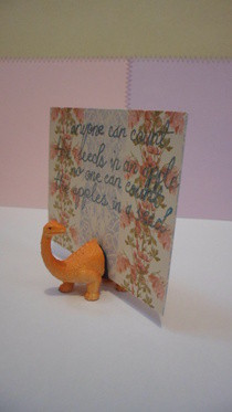Toy Dinosaur Note/Photo Holder