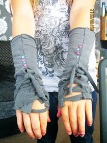 T Shirt Gloves