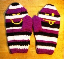 Emoticon Mittens